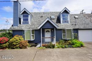 462 NE 5th St, Newport, OR 97365 - House