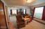 462 NE 5th St, Newport, OR 97365 - Living Room