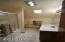 462 NE 5th St, Newport, OR 97365 - Upstairs Bathroom