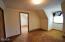 462 NE 5th St, Newport, OR 97365 - 2 room bedroom suite