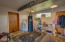 1506 NE Yaquina Heights Dr, Newport, OR 97365 - Entry