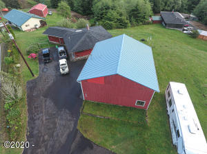 1506 NE Yaquina Heights Dr, Newport, OR 97365 - Drone shot.