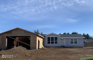 1145 SW Sailfish Loop, Waldport, OR 97394 - Front 7---