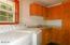 8265 Elk City Rd, Toledo, OR 97391 - Laundry Room