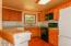 8265 Elk City Rd, Toledo, OR 97391 - Kitchen