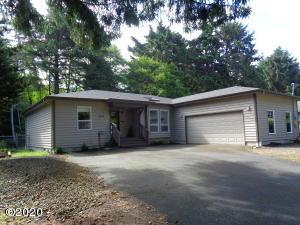 1015 SW Pine Ave, Depoe Bay, OR 97341 - Front Elevation