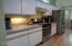 1015 SW Pine Ave, Depoe Bay, OR 97341 - Spacious Kitchen