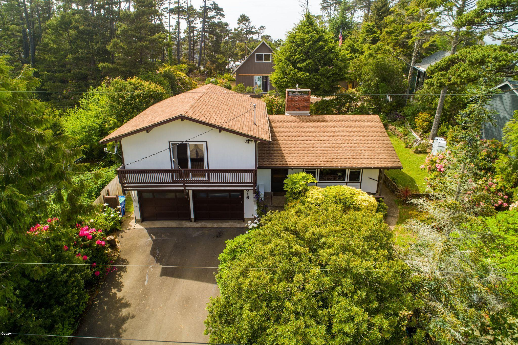 3615 Sea Mist Ave, Depoe Bay, OR 97341