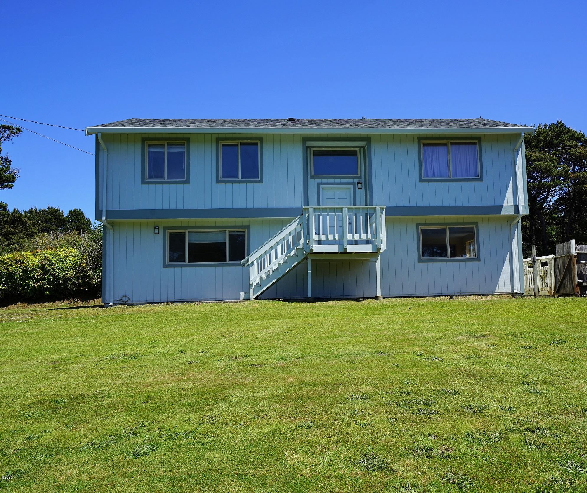 10093 NW Pacific Coast Hwy, Seal Rock, OR 97376 - Main