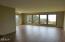 3888 SW Fehrenbacher Dr, Waldport, OR 97394 - Living room
