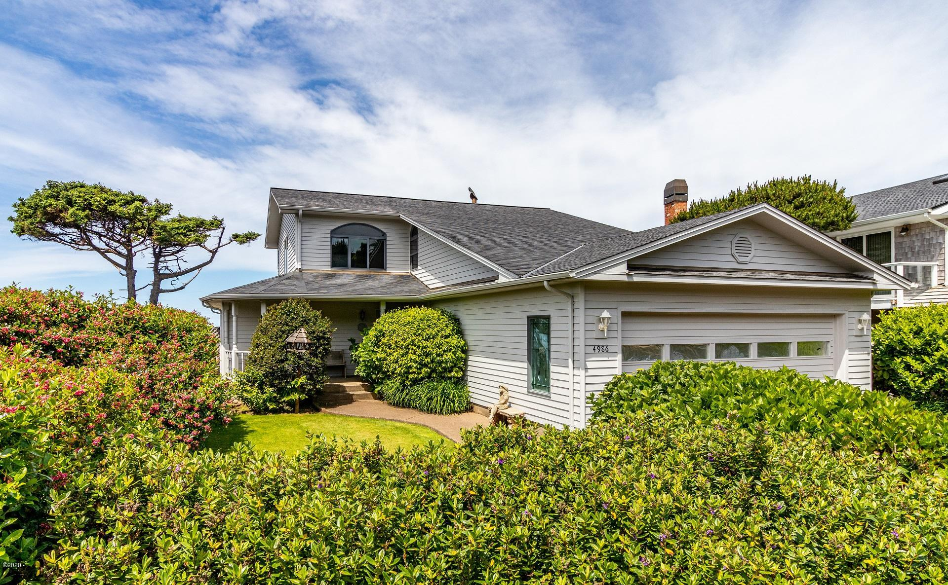 4986 SW Surf Pines Ln, Waldport, OR 97394 - Front of House