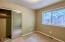 5733 NE Voyage Ave, Lincoln City, OR 97367 - Master bathroom