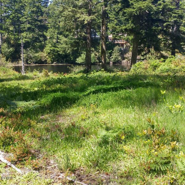 LOT 7 Lotus Lake Dr, Waldport, OR 97394 - House site
