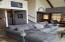 810 SW Wakeetum St, Waldport, OR 97394 - Living room