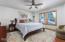 4110 SE Lee Ave, Lincoln City, OR 97367 - Master bedroom