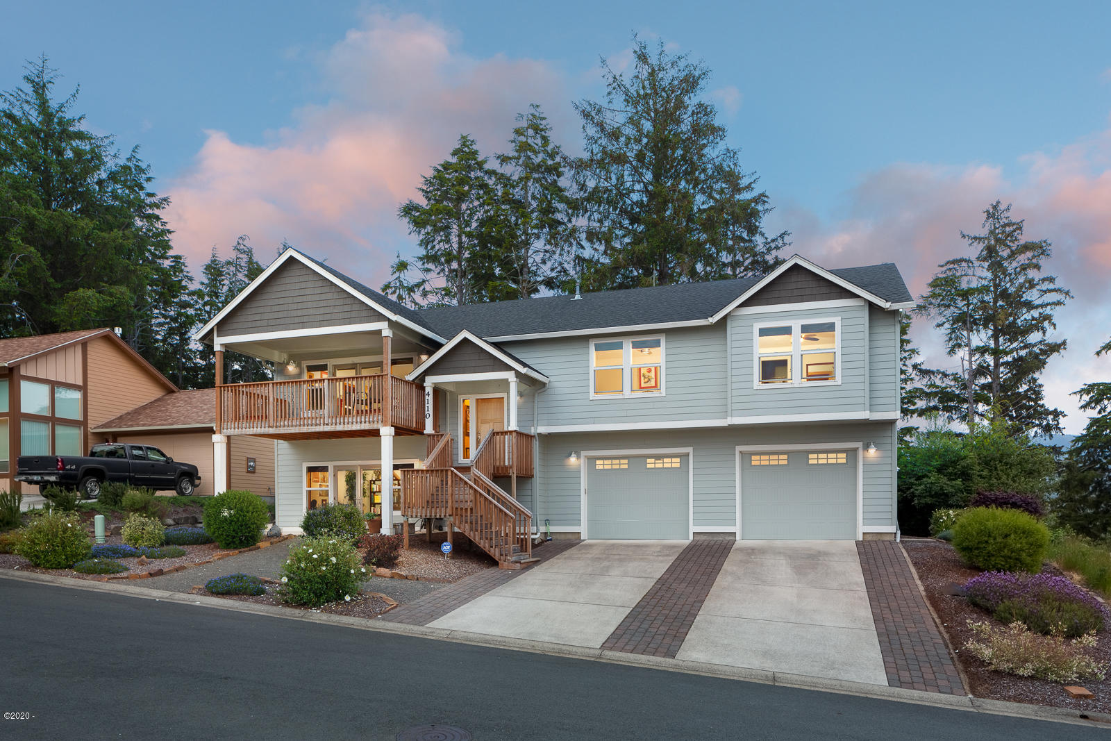 4110 SE Lee Ave, Lincoln City, OR 97367 - Front of home