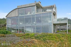 667 Coolidge Ln, Yachats, OR 97498 - Yachats Oceanfront Home