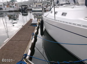 1000-M33 SE Bay, Newport, OR 97365 - 337