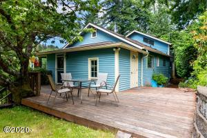199 Murray Loop, Toledo, OR 97391