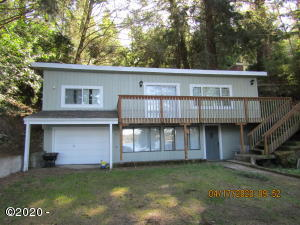 2845 NE East Devils Lake Rd, Lincoln City, OR 97367 - Front of Home