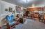 991 SE 10th St., Toledo, OR 97391 - Basement Suite