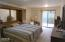 319 NW 26th St, Newport, OR 97365 - Master suite