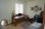 319 NW 26th St, Newport, OR 97365 - Spacious extra Bedroom