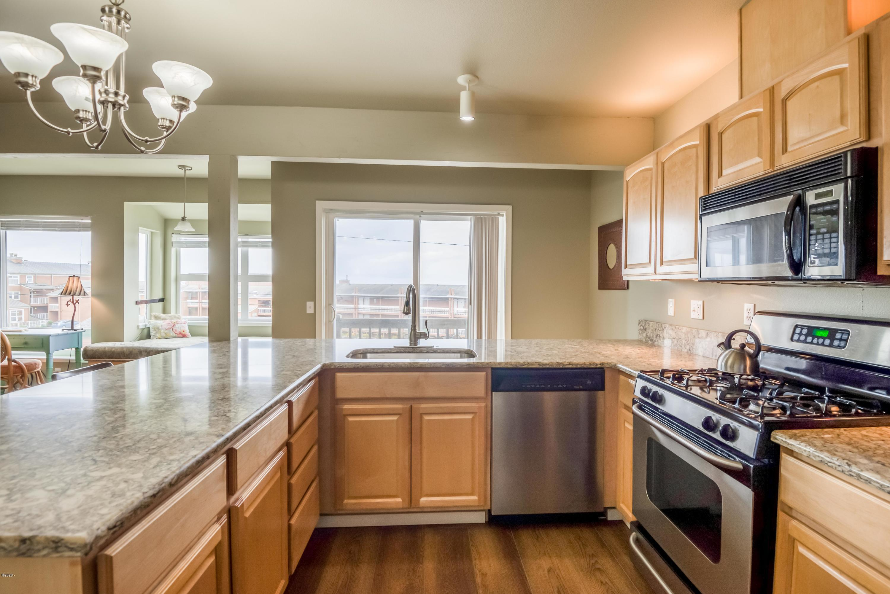 720 SW 6th St, 204M, Newport, OR 97365 - 15