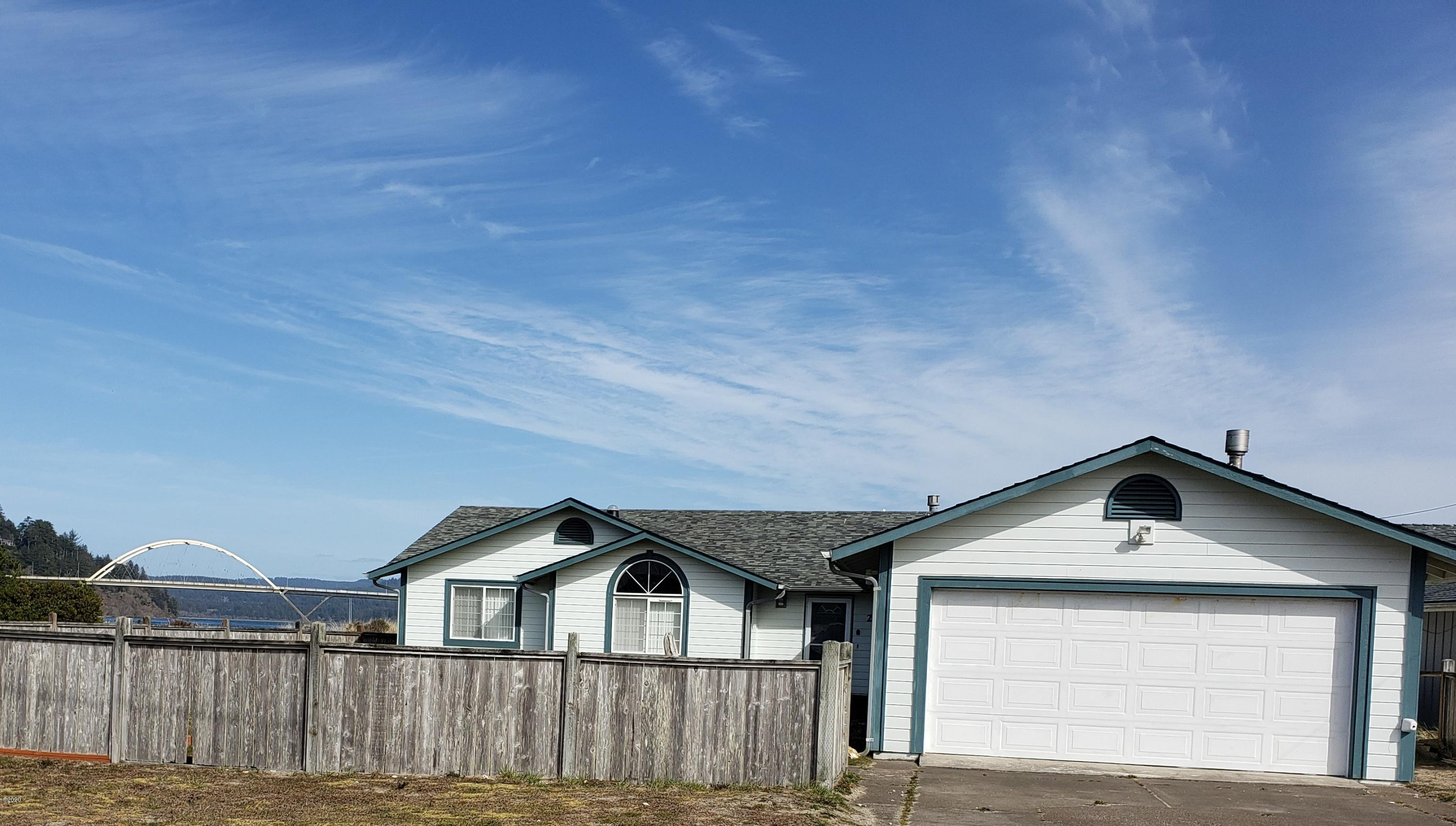 201 NW Alsea Bay Dr, Waldport, OR 97394 - St View