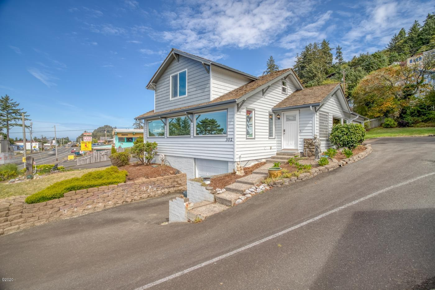 302 N Hwy 101, Depoe Bay, OR 97341 - Front of Home