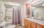302 N Hwy 101, Depoe Bay, OR 97341 - Master Bathroom