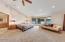 4616 Yaquina Bay Rd, Newport, OR 97365 - Bathroom to Hallway