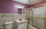 204 NW 2nd St, Newport, OR 97365 - Bathroom 2