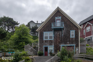 2798 SW Anchor Ave, Lincoln City, OR 97367 - Alley View
