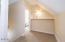 2798 SW Anchor Ave, Lincoln City, OR 97367 - Upstairs landing
