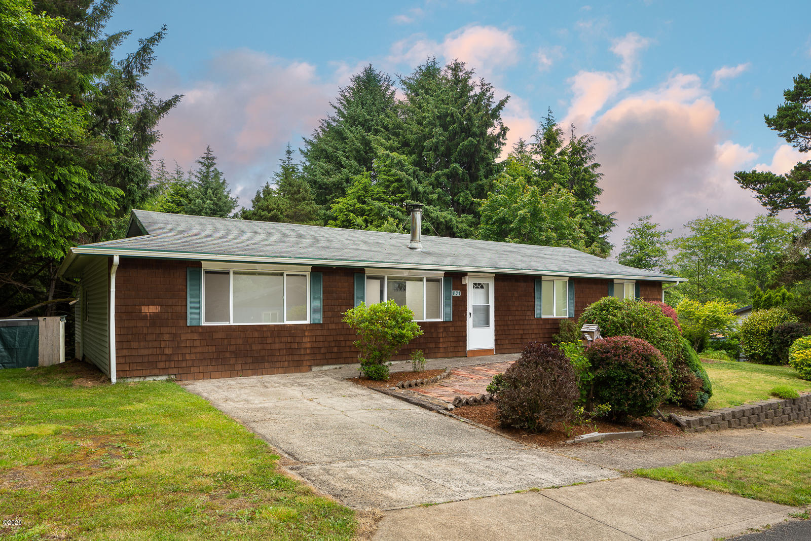1147 SW 19th St, Lincoln City, OR 97367 - 1147SW19th-01