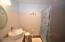 1000 SE Bay Boulevard, K-8, 440/441, Newport, OR 97365 - Bath in one-bedroom