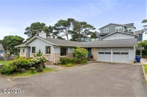 1977 NW Jetty Ave., Lincoln City, OR 97367 - Exterior