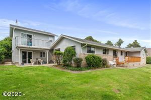 1977 NW Jetty Ave., Lincoln City, OR 97367