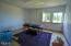 615 SW Hurbert St, Newport, OR 97365 - Extra Room - Sub Let