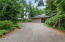 538 Fairway Dr, Gleneden Beach, OR 97388 - Entry Parking