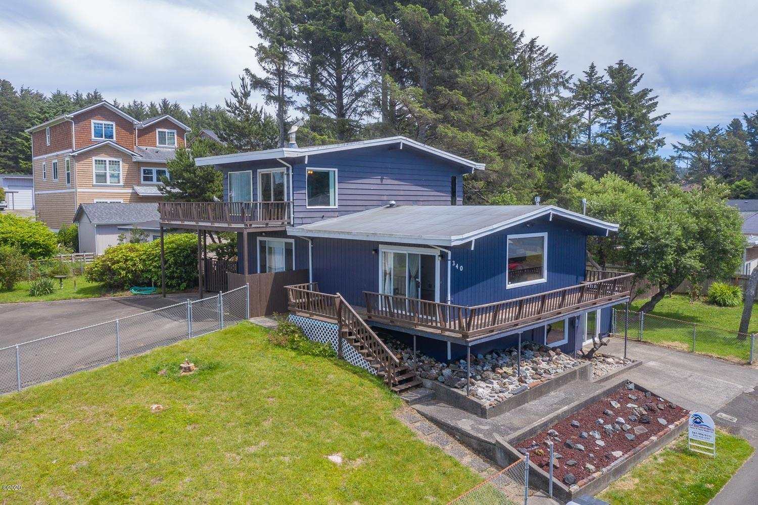 340 SE Inlet Ave, Lincoln City, OR 97367 - house front