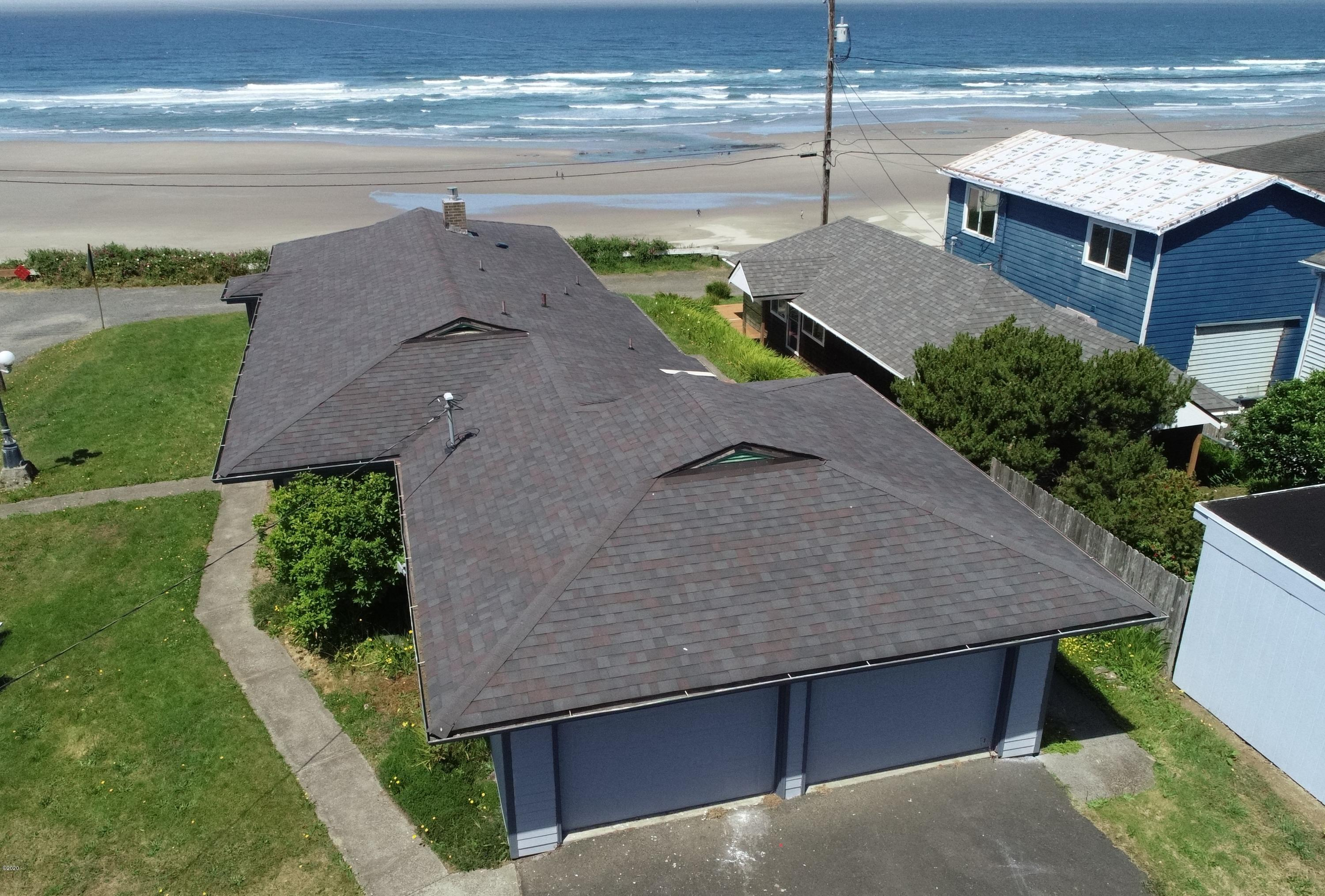 650 NW 9th St, Newport, OR 97365 - Exterior