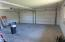650 NW 9th St, Newport, OR 97365 - Garage