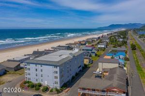 300 N Pacific Street, #41, Rockaway Beach, OR 97136 - Rockaway Shores Condominium #41