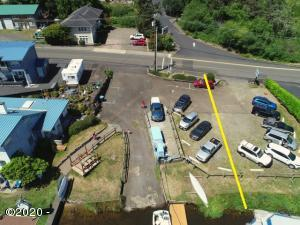 4006 NE West Devils Lake Rd, Lincoln City, OR 97367 - Arial with approx line