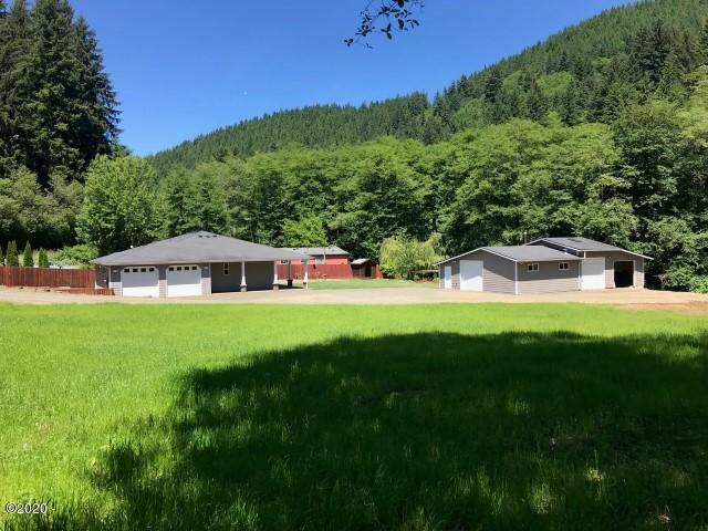 835 N Bear Creek, Otis, OR 97368