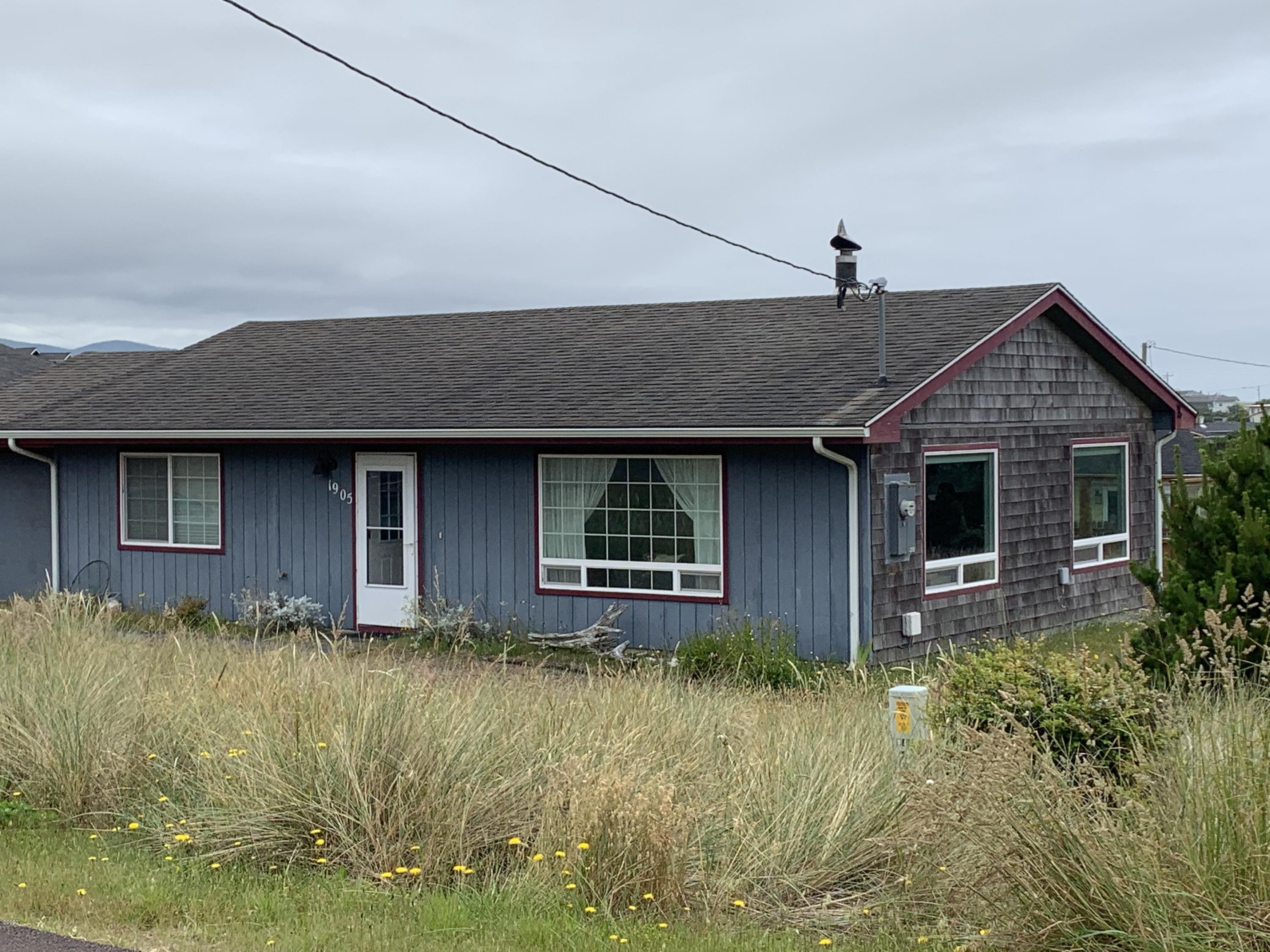 1905 NW Cutter St, Waldport, OR 97394 - Front 3