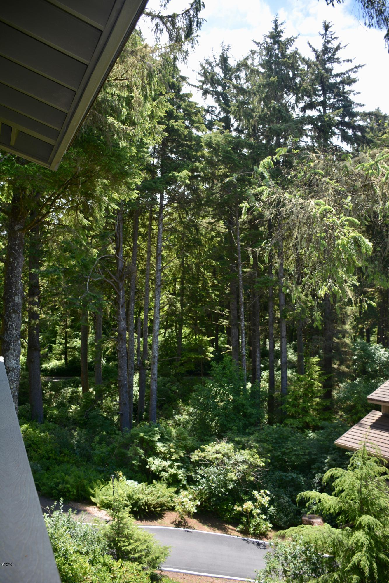 301 Otter Crest Dr, #304-305, 1/2 Share, Otter Rock, OR 97369