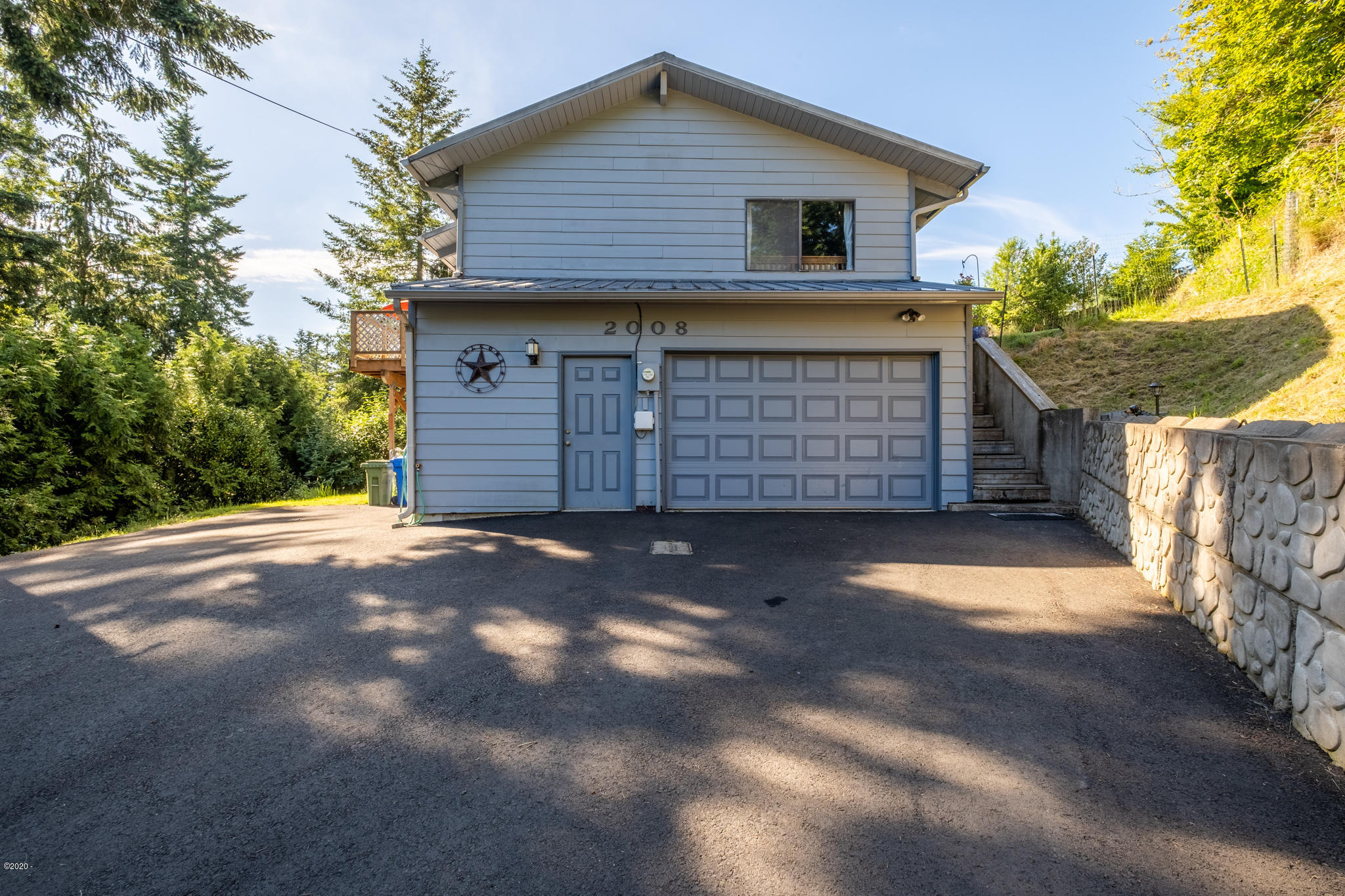 2008 SE Sturdevant Rd, Toledo, OR 97391 - Front view from driveway